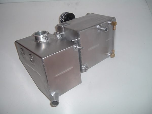 WATER HEADER TANK AND OIL BREATHER SYSTEM